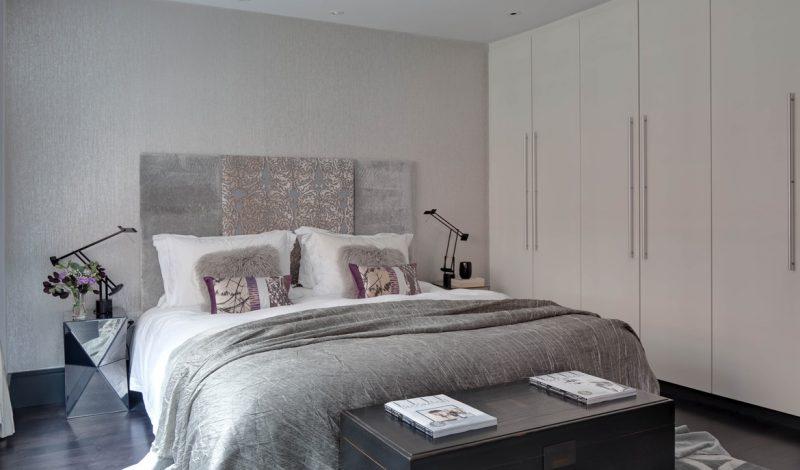 Фото сучасного інтер'єру спальні