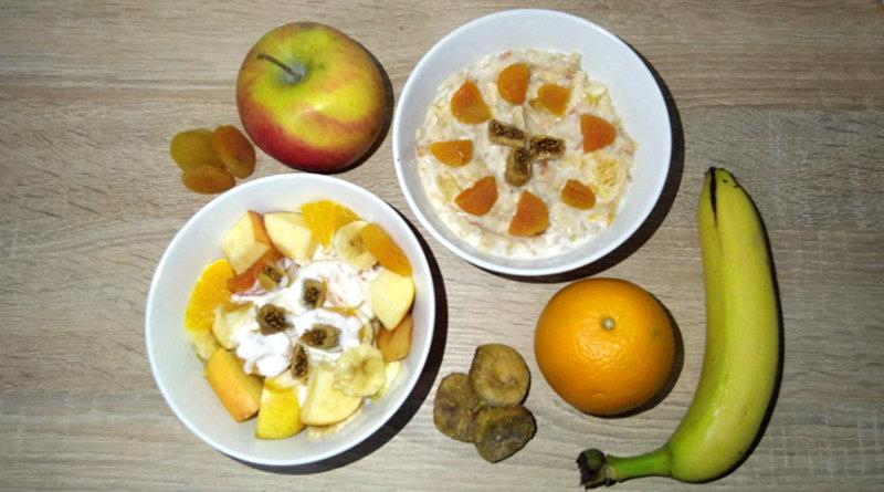 Фруктовий салат - рецепт з яблуками і бананами