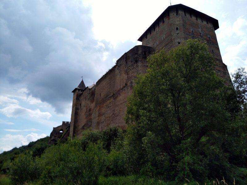 Хотинська фортеця - фото зі сторони Дністра