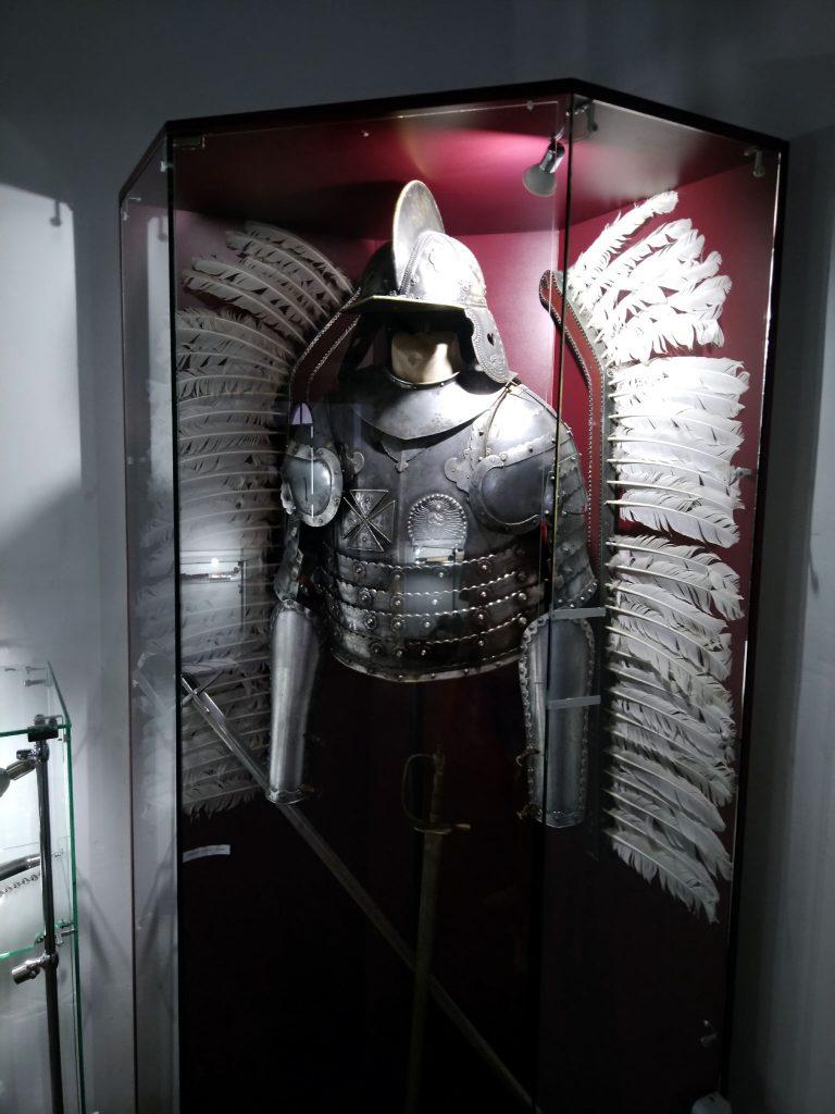 Обладунки воїна - фото з Хотинської фотеці