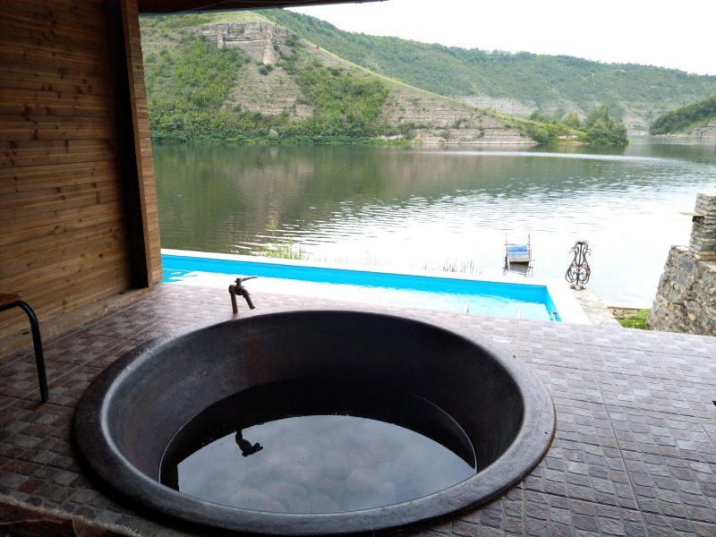 Готель «Ксенія» (Врублівці) - чани та басейн