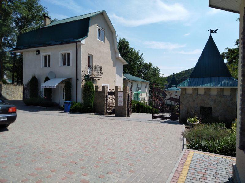 Готель «Ксенія» (Врублівці) - рецепшин