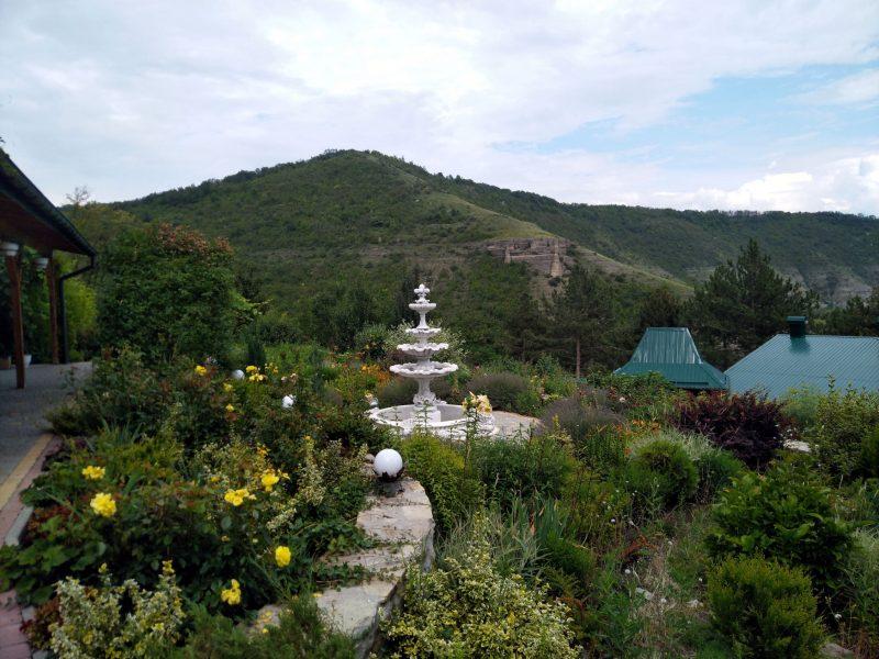 Готель «Ксенія» (с. Врублівці) - фото території