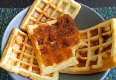Вафлі з домашнім сиром - рецепт для вафельниці