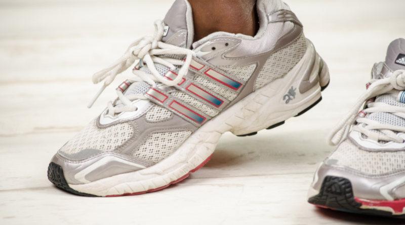 Кросівки для великого тенісу: як вибрати і де купити