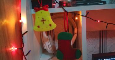 Новорічні іграшки з фетру фото - 1