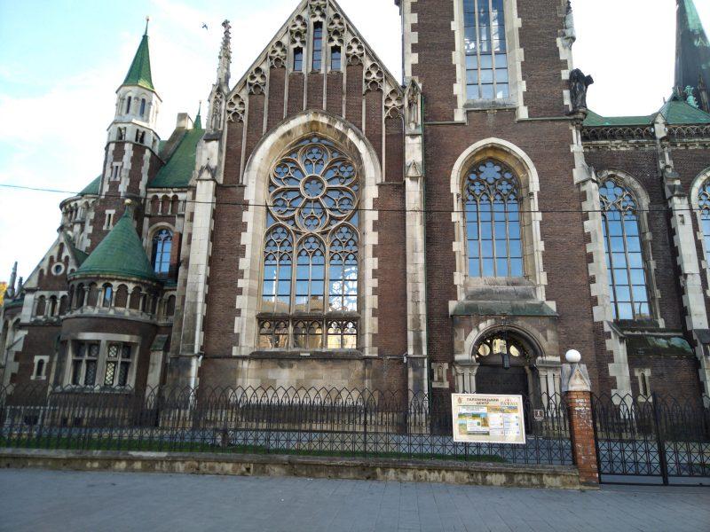 Визначні місця Львова - фото Церкви Святих Ольги і Єлизавети