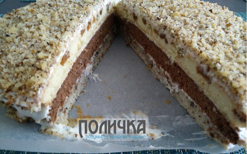 Бісквітний торт з сметанним кремом і горіхами рецепт з фото - 10