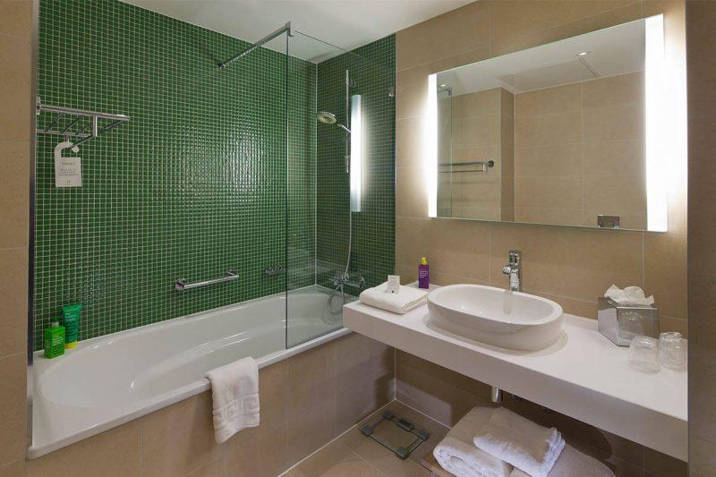 Фото реальних інтер'єрів ванної