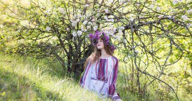 Вишиті плаття фото - 1